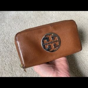 Tory Burch Saffiano Leather Continental Wallet